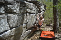 Rock Climbing Photo: this is the low rider traverse. Backside of mollus...