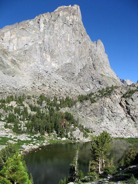Rock Climbing Photo: Sundance Pinnacle over North Lake, August 2010