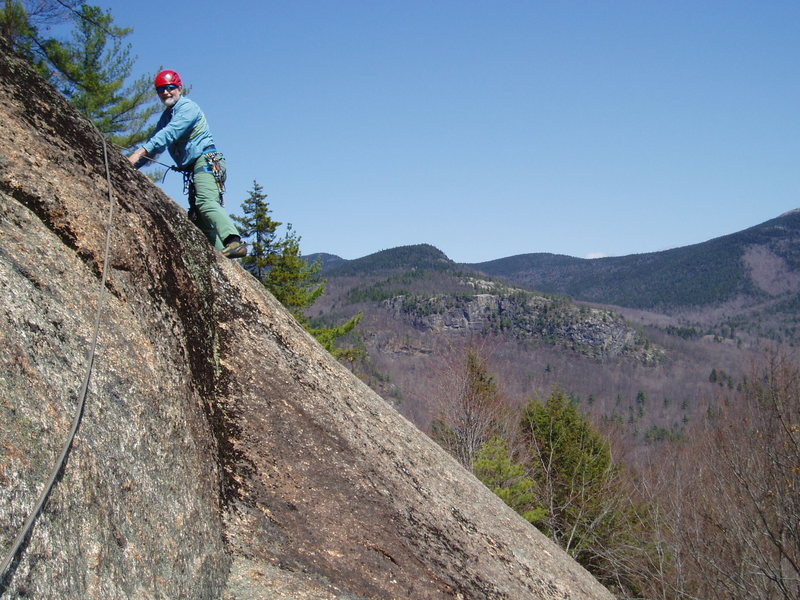 Rock Climbing Photo: RW looks at the traverse from the Groov'n anchor t...
