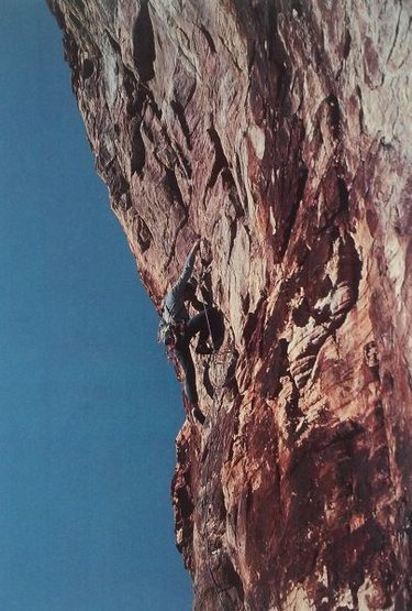 Nick Nordblum on Free Base (5.12a), Red Rock<br> <br> Photo by Jay Smith