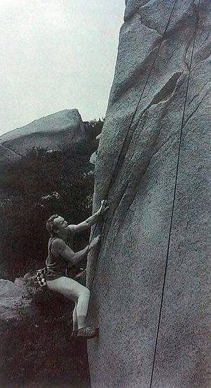 Rock Climbing Photo: Mike Paul on Starving in Stereo (5.12a), Mount Woo...
