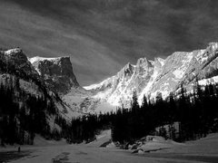 Rock Climbing Photo: Tyndall Gorge - Hallett Peak Cirque.  Photo By Dan...