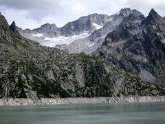Rock Climbing Photo: Placche del Lago below the Capanna Albigna hut (sl...