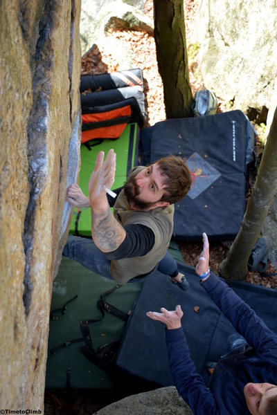Rock Climbing Photo: Dylan Cray-Kaden bouldering Cloud 9 a V4 problem t...