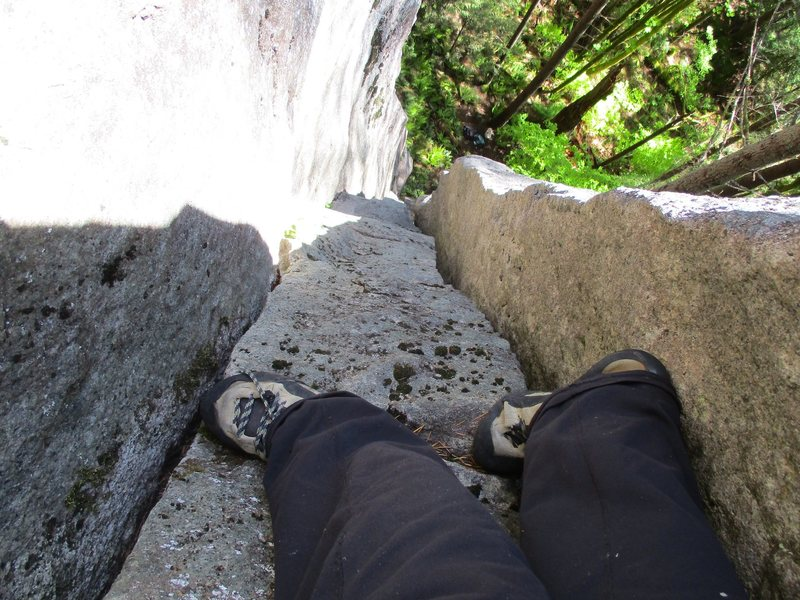 Rock Climbing Photo: Looking down the stembox section of Chasin' the Li...