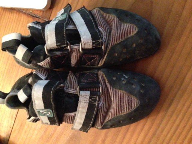 Rock Climbing Photo: shoes top