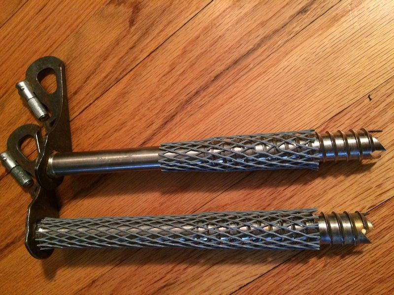 22 cm BD Express ice screws.  has been re-tipped and has a like new tip.  Second (bottom in pic is sold)