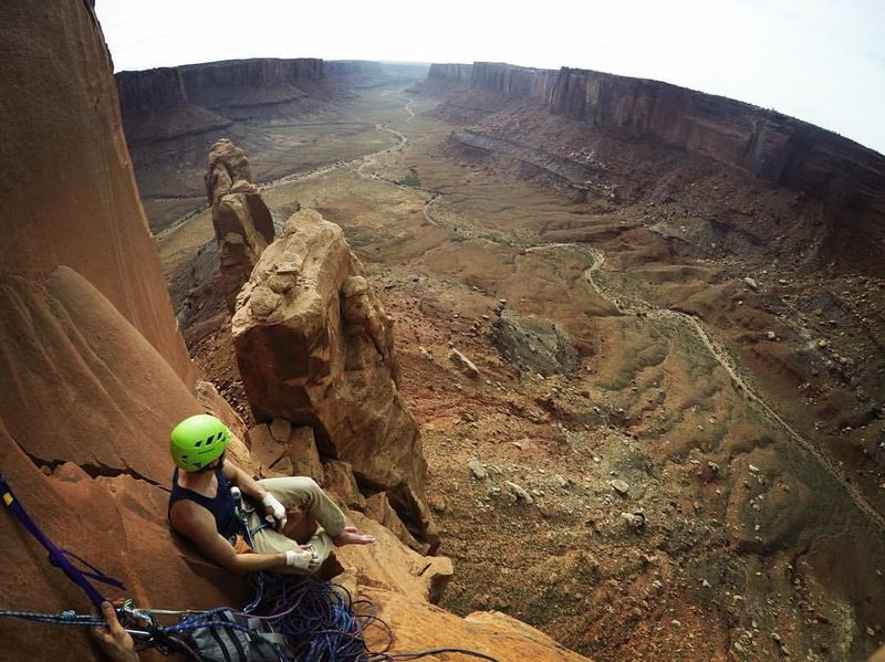 Rock Climbing Photo: Sitting on the nice belay ledge at the top of Pitc...