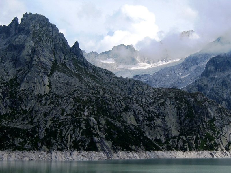 Torre del Piz dal Päl from across the reservior