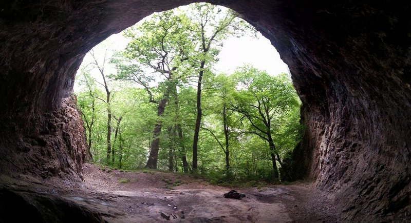 This is the view from inside the cave out.  The route seems to be to the left in the picture.