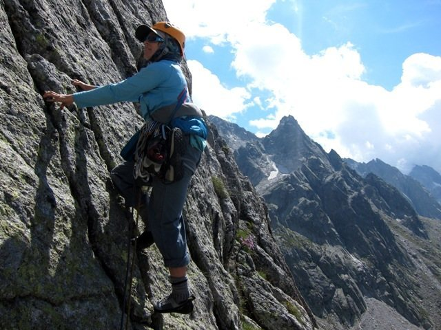 Rock Climbing Photo: Start of pitch 4 of the SW Arête