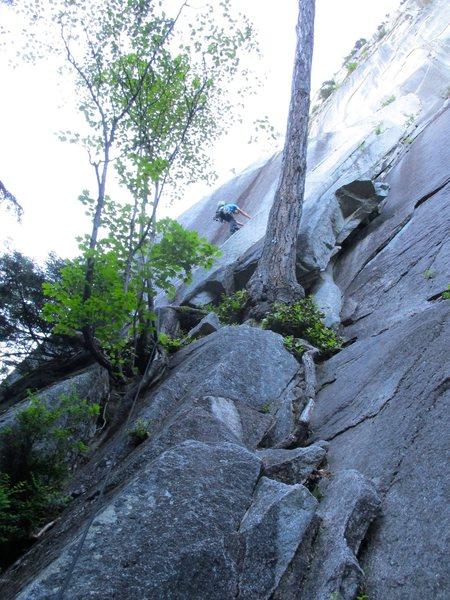 Rock Climbing Photo: John leading Apron Strings Pitch 1. Not an easy pi...