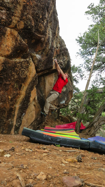 Rock Climbing Photo: Matching hands on the lip of Thundering Silence, t...