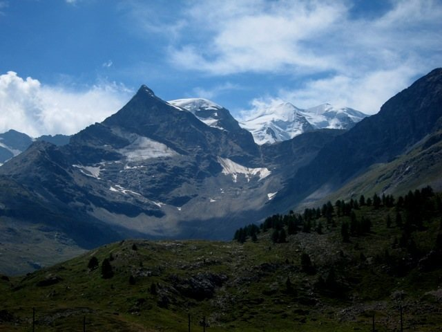 Rock Climbing Photo: Views towards Italy and Piz Bernina from Lagalb