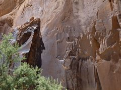 Rock Climbing Photo: Negotiating the sandy feet