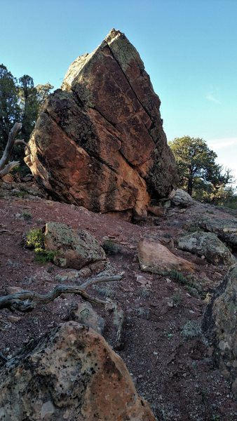Rock Climbing Photo: Destroyer's impressive west face.