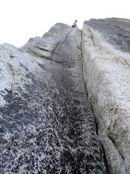 Rock Climbing Photo: The stellar crux 10c pitch on Squamish Buttress.