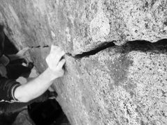Rock Climbing Photo: Splitter!!!