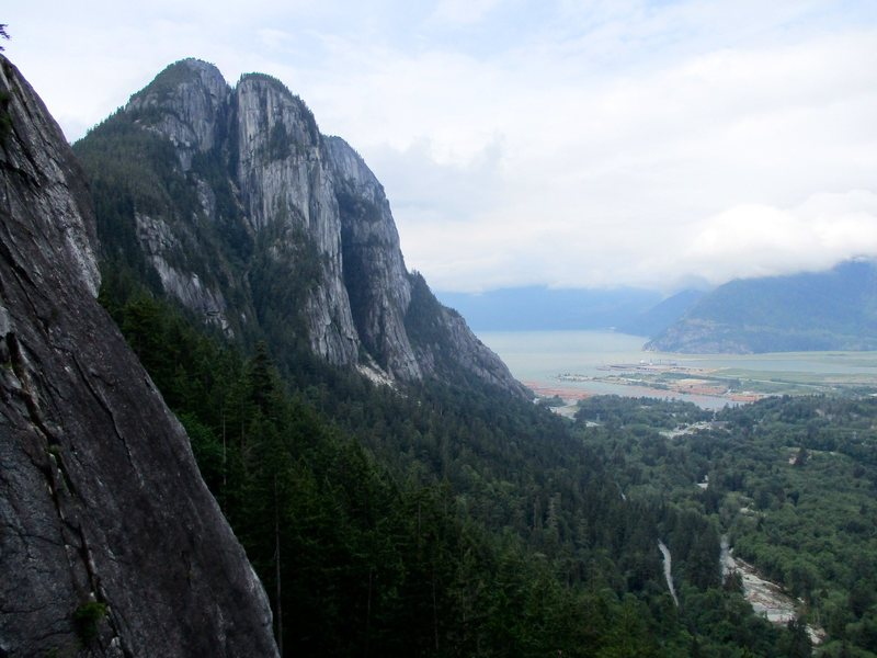 Rock Climbing Photo: The northern walls of the Chief as seen from Slhan...