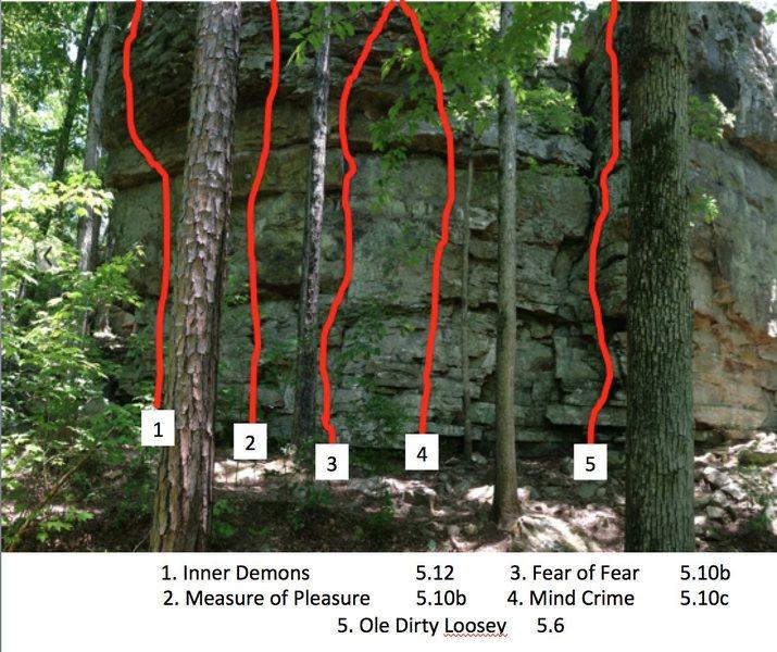 Rock Climbing Photo: Bleeder Boulder (Inner Demons-Ole Dirty Loosey)