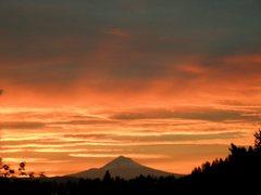 Rock Climbing Photo: Sunrise and Mt. Hood.