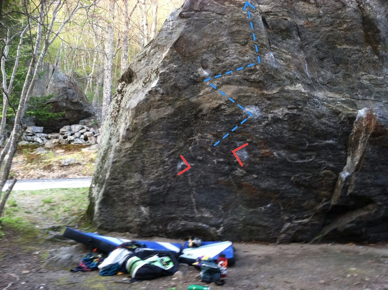 Rock Climbing Photo: Devastating Reverend Tom, with start holds and lin...