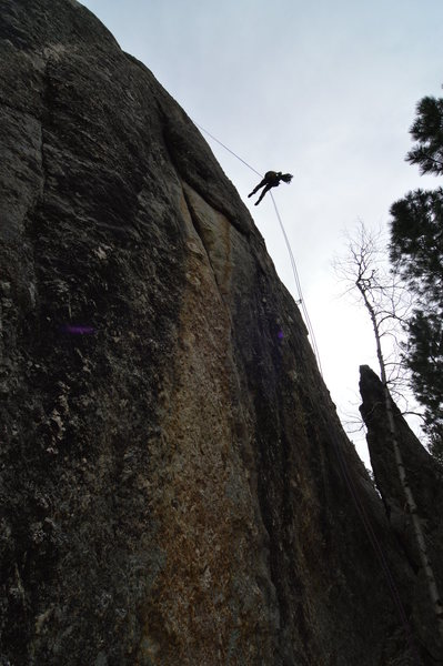 Rock Climbing Photo: Brady Evans rapping after the classic Second Hand ...