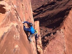 Rock Climbing Photo: Thin hands