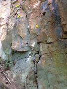 Rock Climbing Photo: This picture shows the first three bolts of Chicke...