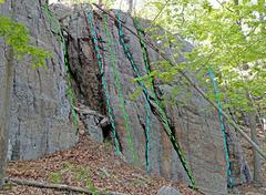 Rock Climbing Photo: Right Center + Gully of Check Book ... S. Cash Man...