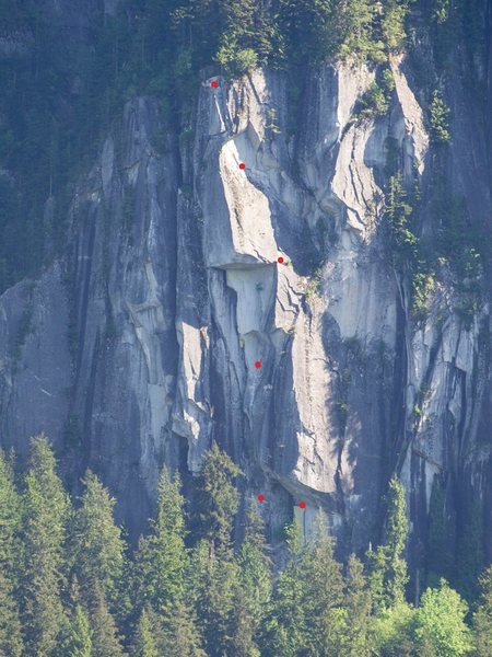 Rock Climbing Photo: High and Dry is the single pitch OW on the right s...