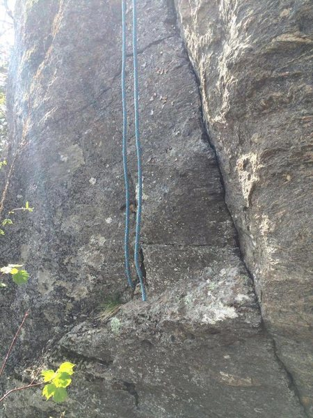 Rock Climbing Photo: A 60 meter rappel from the top anchors.
