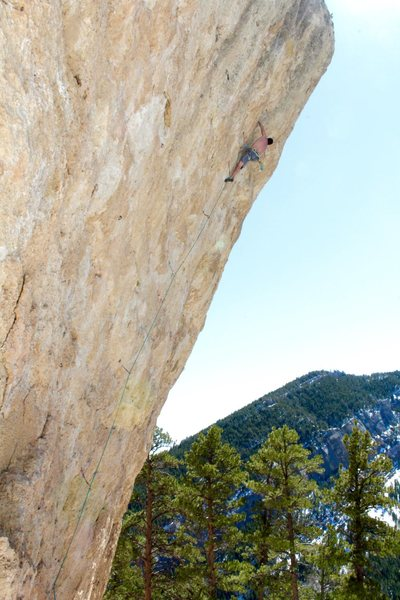 Rock Climbing Photo: Tanner on Sulfur Queen