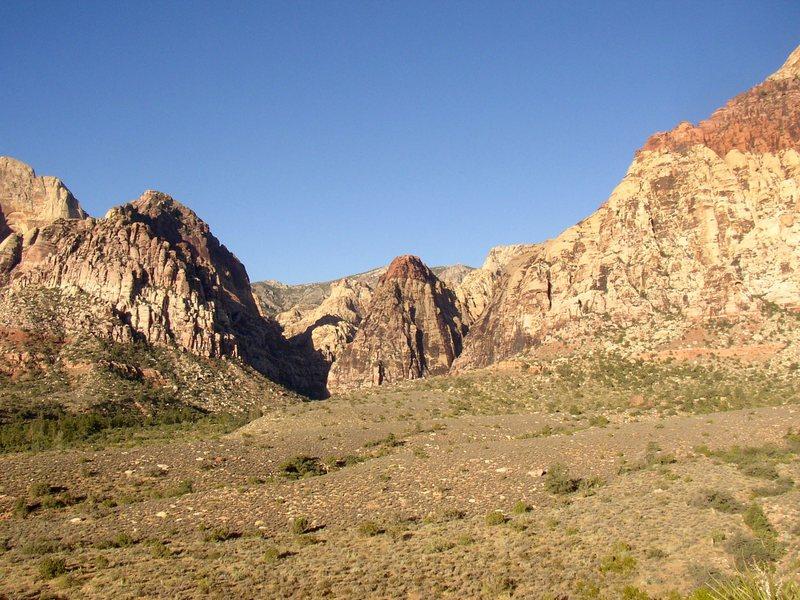 Rock Climbing Photo: Pine Creek and Mescalito.