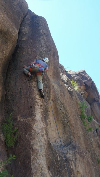 Rob getting some Tutti Frutti at the crux section in deserted Eagle Canyon.