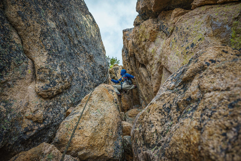 Rock Climbing Photo: Chimney on lower route