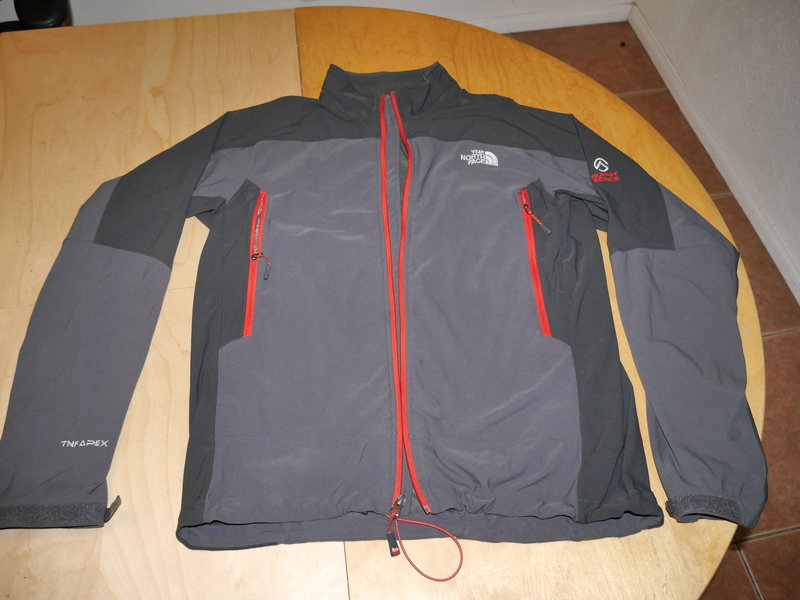 Rock Climbing Photo: SOLD-North Face Apex Summit Series softshell jacke...