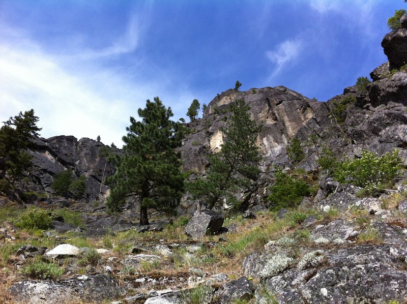 Rock Climbing Photo: A view up climber's left gully just past Lower But...