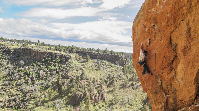 Sandbagged myself on this one, but ended up with the send after try #2!<br> <br> Toxic, Smith Rock