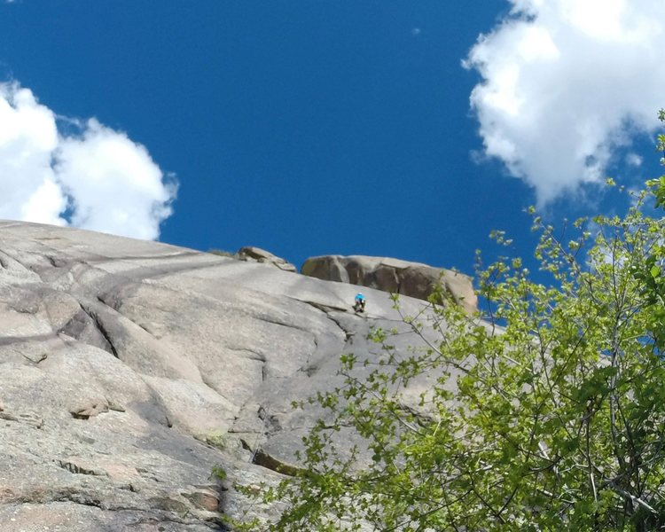 Rock Climbing Photo: Transitioning to the bolted slab above.