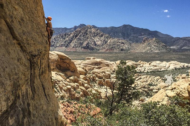 Rock Climbing Photo: Jonny on Battery Powered. 6/1/16.