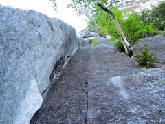 Rock Climbing Photo: Looking up Pitch 2 of Borderline. Good climbing fo...
