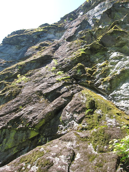 Rock Climbing Photo: Long slabby route on Big Daddy. Though not obvious...