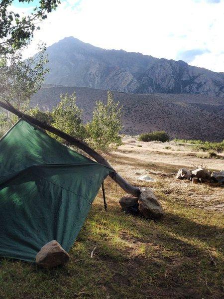 Rock Climbing Photo: Mt.Tom & the Minimalist Shelter!!