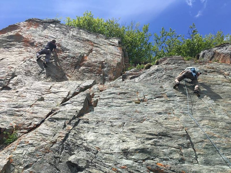 This year even Rasberry Rock got some attention.  Its good to not have any crag go untouched.<br>