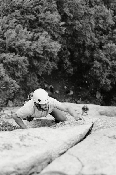 Rock Climbing Photo: Garrett Woolley on P2 of Jam Crack