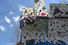 Rock Climbing Photo: having fun, crawling up the hanging 'tufa'...