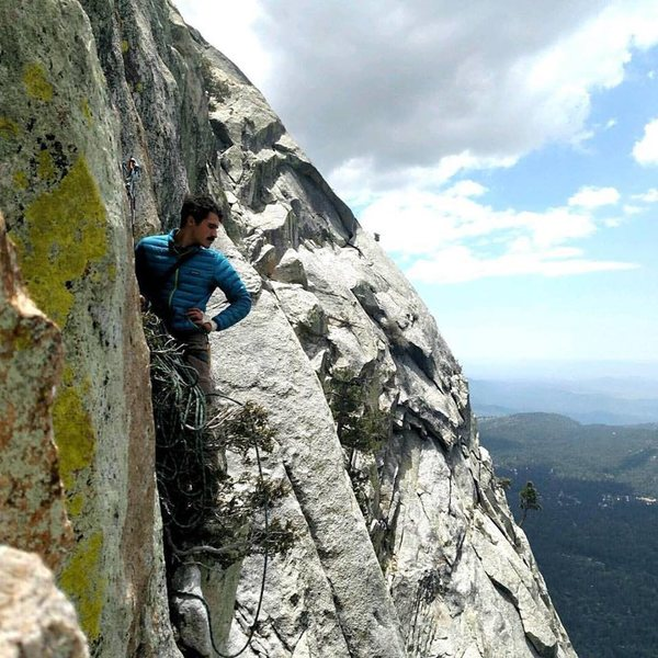 Rock Climbing Photo: Excellent rope management on the Vampire
