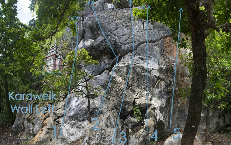 Colombière is number two on the Karaweik Wall Left topo photo. It starts on the dihedral area on the left side of the slab, and ends over the lip of the cliff.