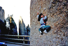 Rock Climbing Photo: Yasuko Negoro bouldering at the bottom of the Thim...